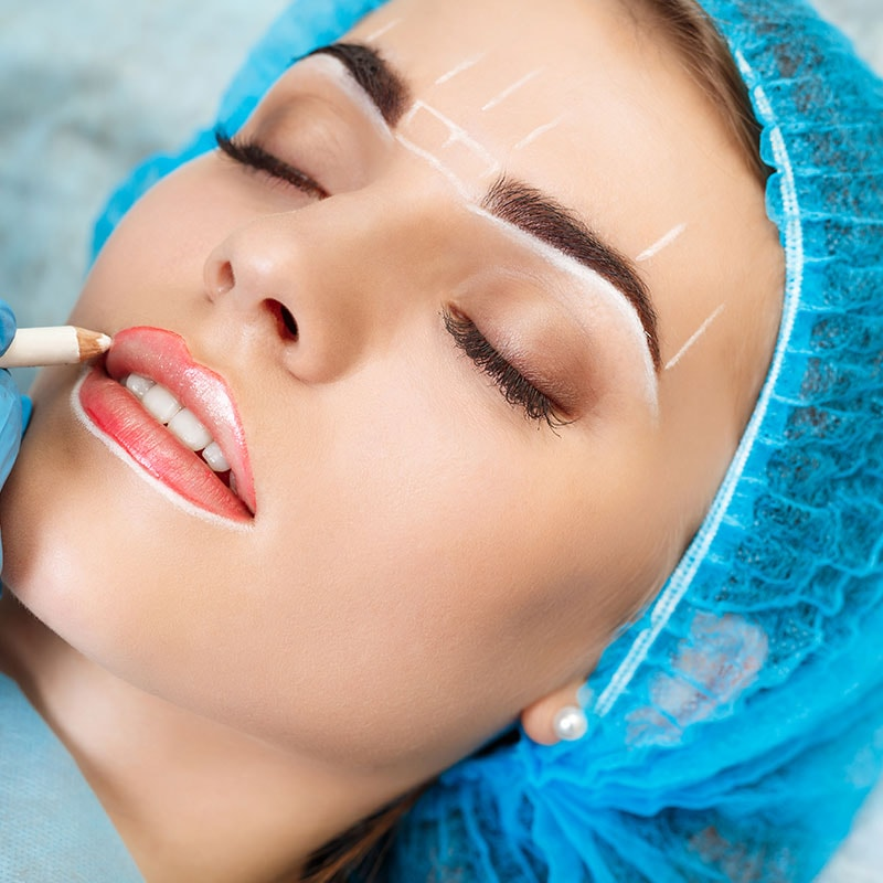 Semi-Permanent Makeup Artist